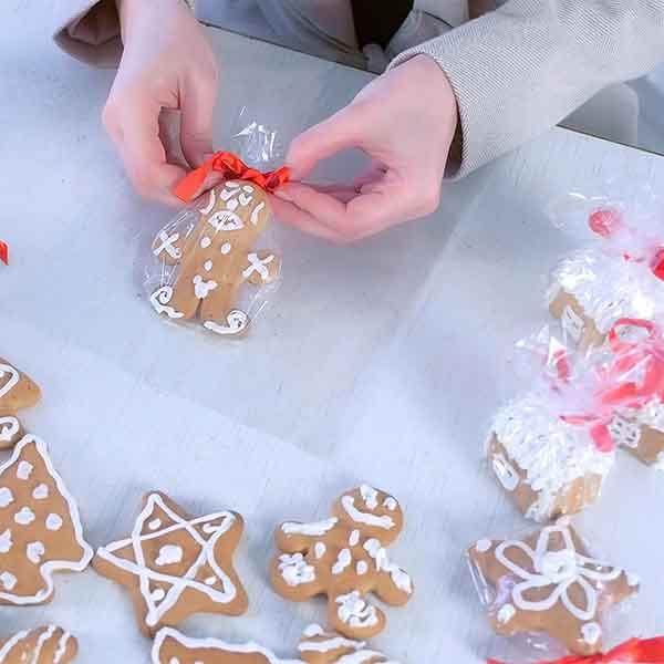 Teilzeit: Geschenke-Verpacker in der Weihnachtszeit (w/m/d)