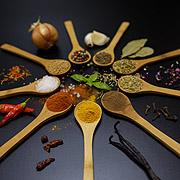 Saucen, Rubs, Gewürze & Genusshelfer