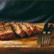 Steaks braten
