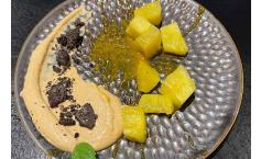 Betrunkene Ananas mit Amarettini Creme