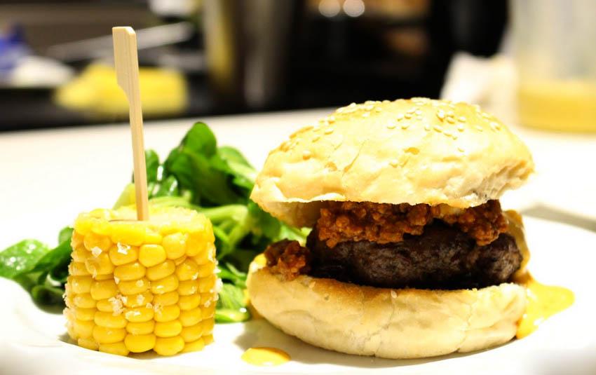 Boston Cheese Burger