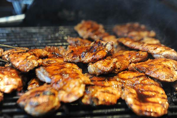 Kachelfleisch auf dem Grill