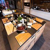 Kochinsel in der Steakschaft für Kochkurse